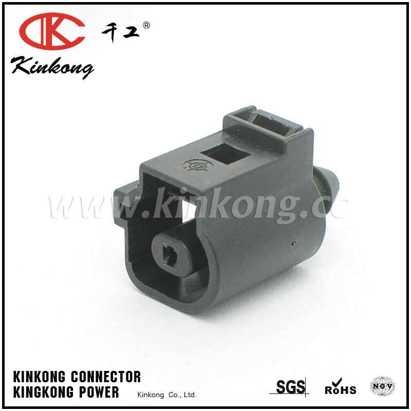 1J0 973 081 1 way oil pressure sensor plug for vw audi CC Q7 Touareg Magotan CKK7015B-1.5-21