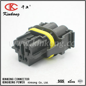 9442401  4 pin female automotive connector