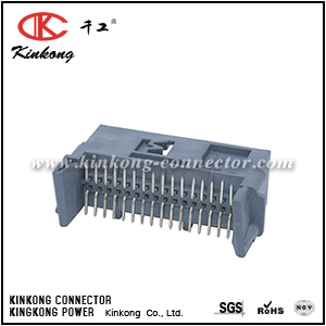 1355907-1 32 pins male electric connector