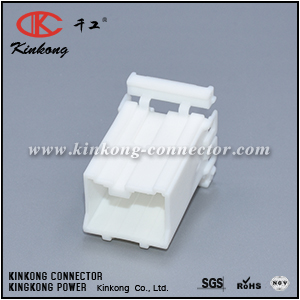 7122-8386 MG620403 8 pin male wire plug CKK5081W-1.8-11