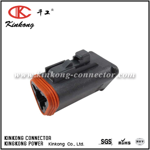 DT06-3S-P032 3 way female electrical connector